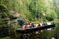 przewóz łodziami po jeziorku