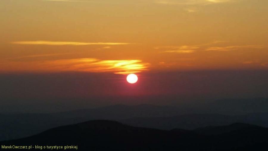 spektakl wschodu słońca