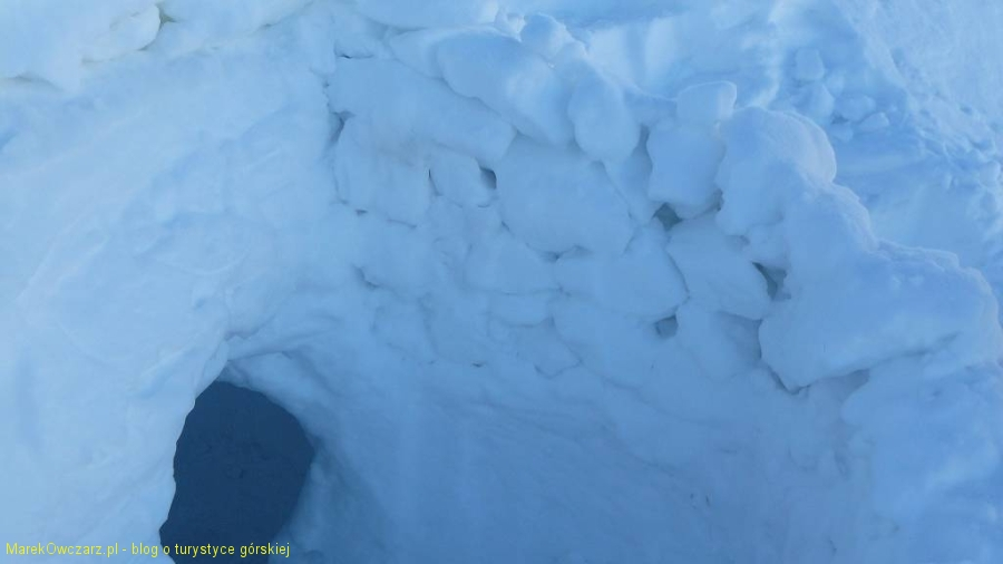 jama śnieżna pod Gładką Przełecza