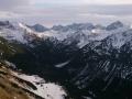 Kopy Liptowskie po prawej górują nad Doliną Cichą