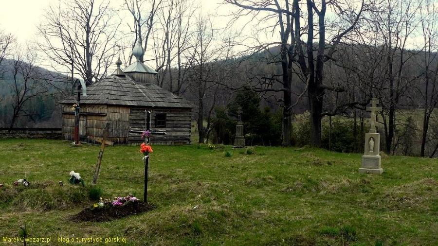 stary cmentarz przy kaplicy