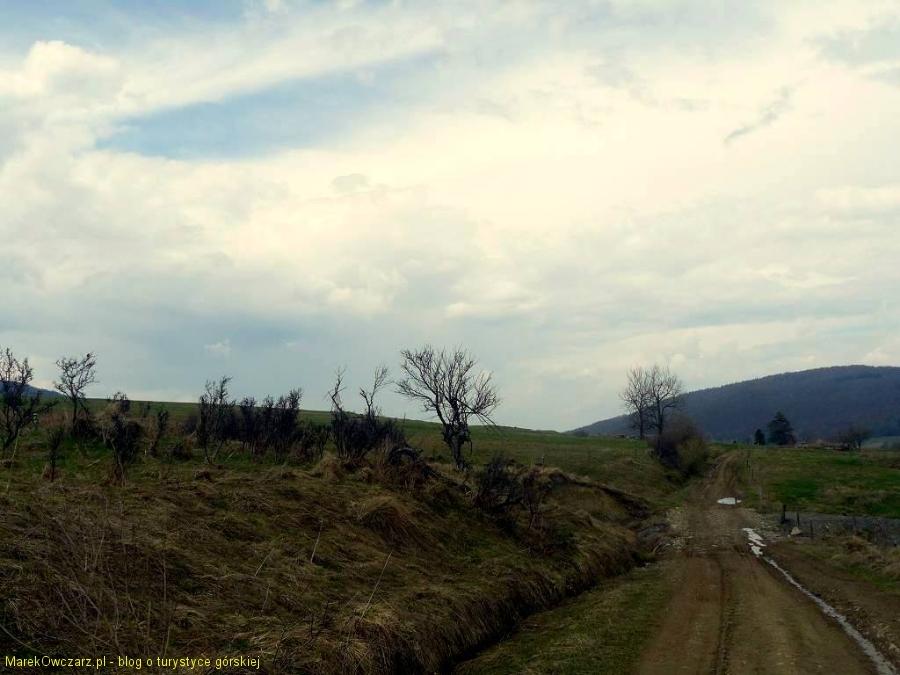 krajobraz wymarłej wsi Regetów