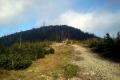 widok na szczyt z polany podszczytowej