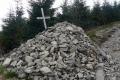 kolejny krzyż pamięci zmarłego turysty