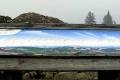tablica a panoramą widokową ze szczytu