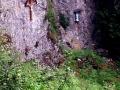 religine symbole na skalnej scianie pod Suchym