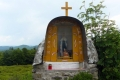 kapliczka na Łazach, przy rozwidleniu szlaków