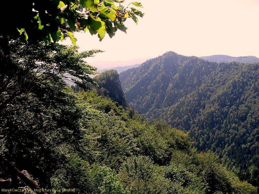 widok z Czertezika na Sokolicę
