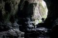 przy wejściu do jaskini