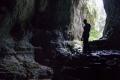 Marcogor w jaskini