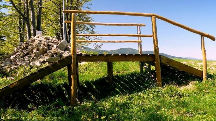 ławeczka na Mosornym Groniu