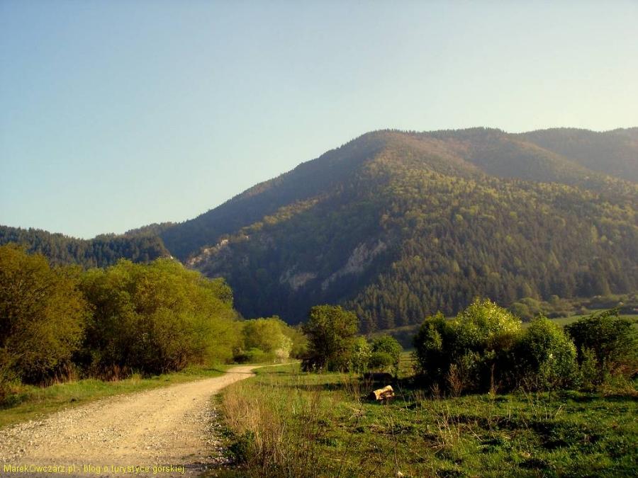 widok z Prosieka na Hradok
