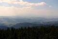 panorama z wieży w stronę zamglonych Tatr