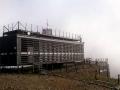 budynek czeskiej poczty na szczycie