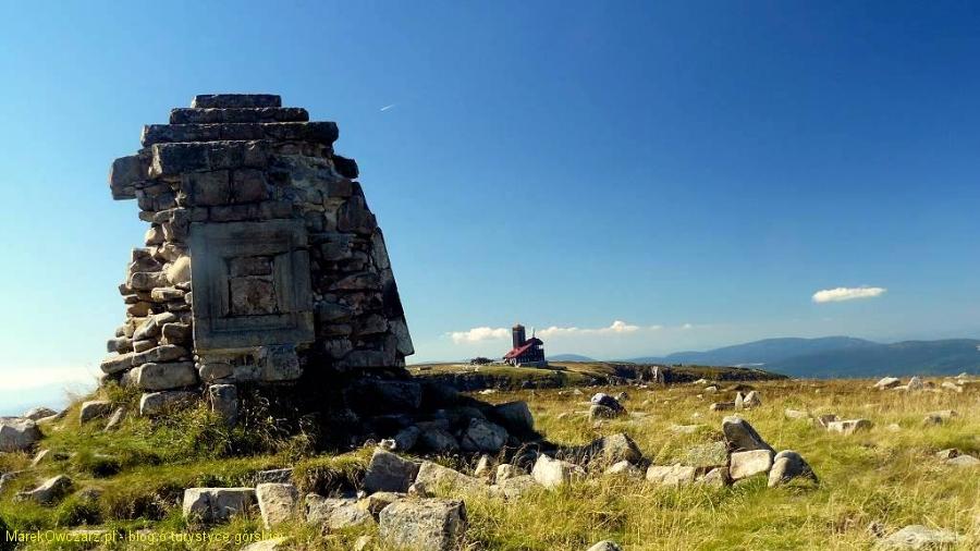 obelisk poświecony cesarzowi Wilhelmowi I