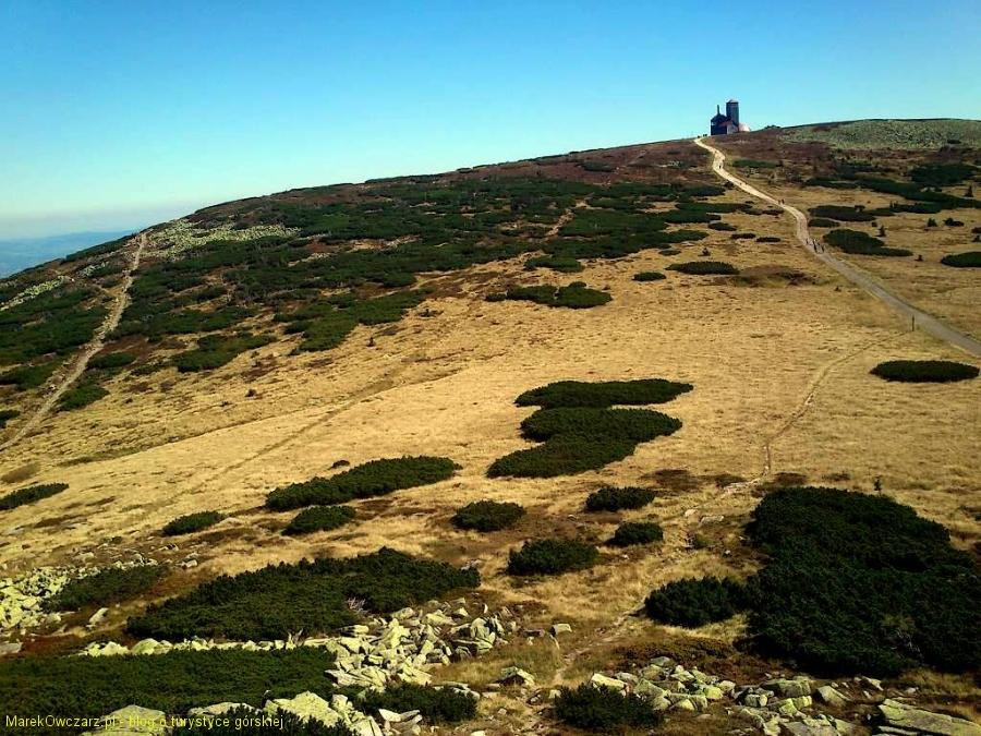 Hala pod Łabskim Szczytem widziana ze szczytu