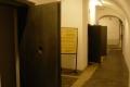 cele więzienne w podziemiach opactwa