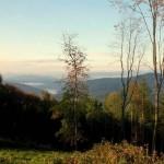 W Górach Sanocko – Turczańskich, przez pasmo Żukowa i Jaworników