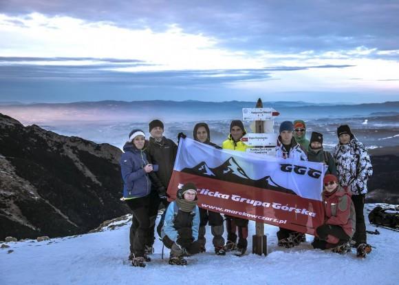 nasza wesoła ekipa Gorlickiej Grupy Górskiej na Przełęczy pod Kopą