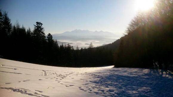 panorama Tatr z przełęczy Szopka