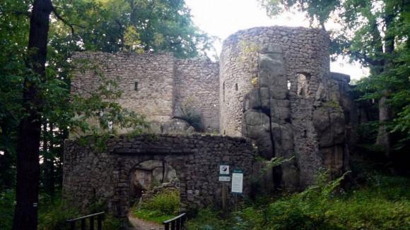 wejście na zamek Bolczów