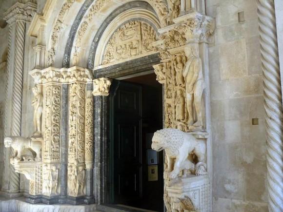 Radovanov portal w katedrze św.Wawrzyńca