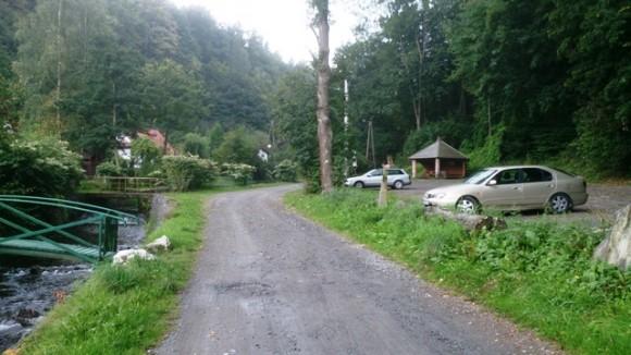 parking w Pokrzywnej nad Bystrym Potokiem