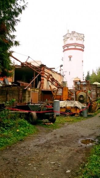 wieża widokowa na Biskupiej Kopie i schronisko w budowie-stan z IX.2014