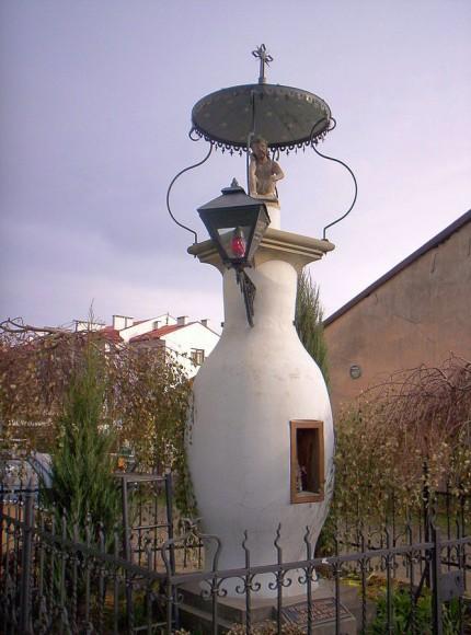 Pierwsza na świecie uliczna lampa naftowa w Gorlicach