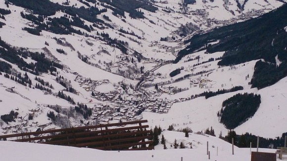 miasteczko Hinterglemm widziane ze szczytu Schattberg West