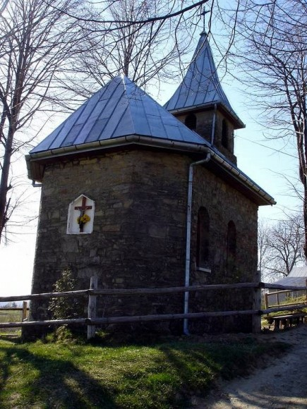 kaplica w Piwowarówce