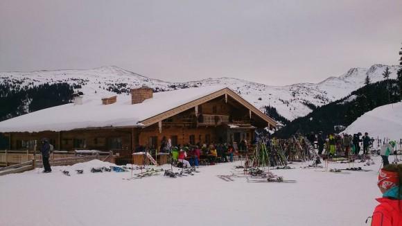 górska chata na stoku - Winkler Alm, gdzie podają pyszne jabłkowe strudle