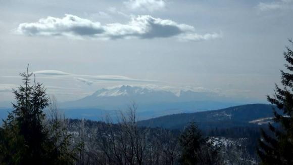 panorama Tatr ze szczytu Jaworzyny