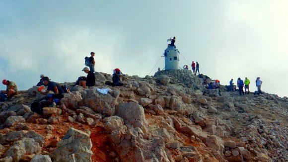 rozległa kopuła szczytowa Triglava - 2864 m