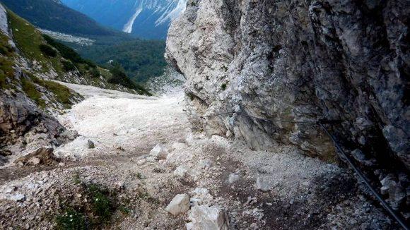 zejście z przełęczy Luknja do Doliny Vrata