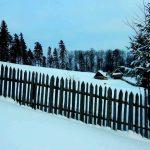Zimowy spacer przez Jackową Pościel do Chatki pod Niemcową