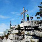 W górach Szumawy – grzbietem granicznym od szczytu Plechy, aż po Tristolicnik
