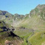 Drogą Transfogaraską nad Balea Cascada, Balea Lac, jezioro Vidraru i zamek Poienari oraz wejście na Vf.Laitel